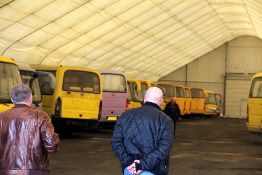 Тентовый гараж для автотранспорта